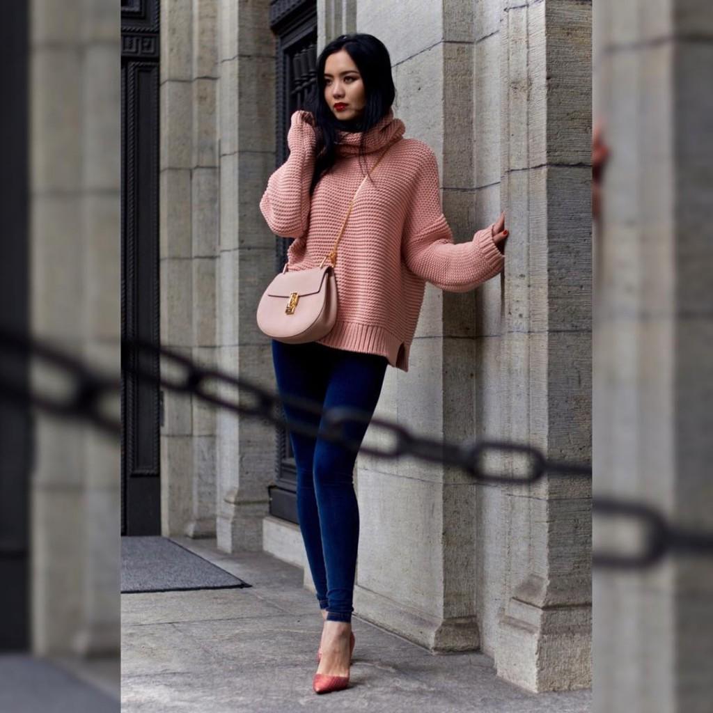 Happy Monday #Fashionigers! Tap for #Details Ойрдоо блогтоо пост оруулсангүй удахгүй оруулнаа. Шинэ 7 хоногийн мэнд! ✨ Цамц- @zaralovers_ Цүнх- @chloe Иртүүз- @freddywear Туфль- @sebastian_milano